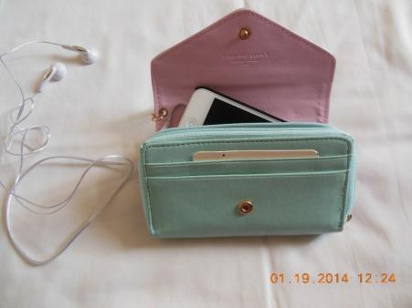 billetera-porta-ipod-iphone-celular-10881-MPE20034643623_012014-F