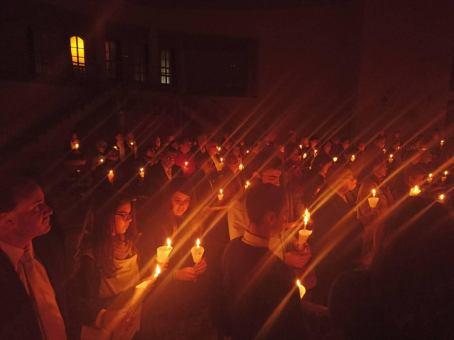 vigilia-en-mi-parroquia-la-resurreccion-del-senor